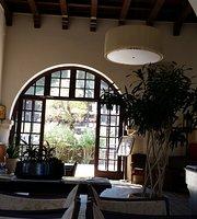 Elafos Hotel Cafe Bar