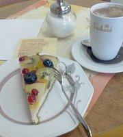 Cafe Greif