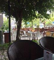 Feeling Coffee Lounge