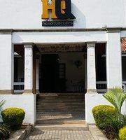 HQ Reaurant&Pub