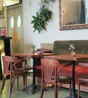 Cafe Botanika