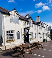 The Greyhound (Botcheston)