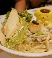 Pompompurin Cafe HongKong