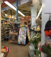 Howard's Market & Deli