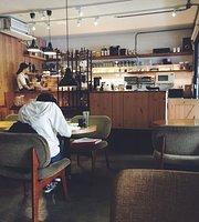 Le le Cafe