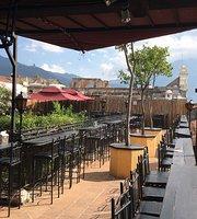 Lava Terrace Bar & Burgers