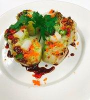 Ti Ney Bangkok Thai Sushi & Noodle Restaurant