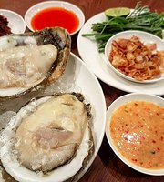 Baan Klang Krung Restaurant