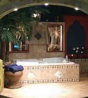 Mariaggi's Theme Suite Hotel