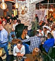 La Gano Restaurant & Lounge Bar