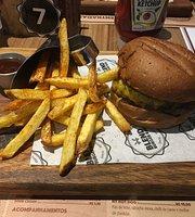 Blend Burger Bar