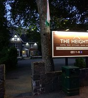 The Heights Bar & Kitchen