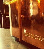 Cremova