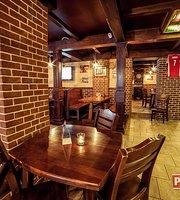 Piwiarnia Warka Restaurant