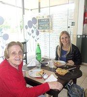 Las Canas Cafe Resto
