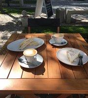 IL Cappo Café y Deli