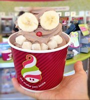 Menchie's Frozen Yogurt -Parkville
