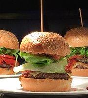 Bobo's Gourmet Burgers