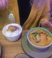Eatzy Thai Restaurant