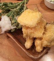 Seafood Stall Okuman Monnaka Ekimae