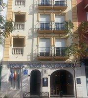 Café Hotel La Morena