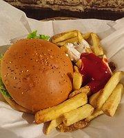 Holy Cow! Gourmet Burger Company- Cheneau De Bourg