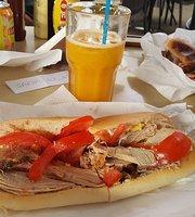 Petros Cafe