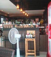 Maneewan Cafe