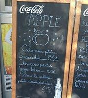 Apple Bar Cafetería