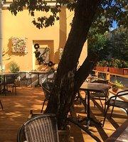 Graf Bryus Cafe