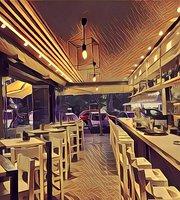 Square 16 Bar - Restaurant