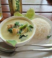 Tha Tien Restaurant