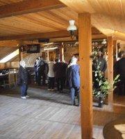 Valge Hobu Tavern