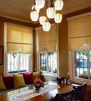 Zahir Art Cafe
