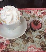 Adoro Café e Bistrô