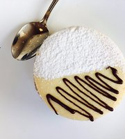 Deli Bakery
