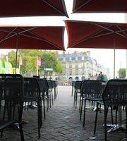Voir tous les restaurants près de Cinéma Gaumont à Nantes, France ...