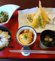 Old Folk House Cafe & Restaurant Neguro Hatsuhana