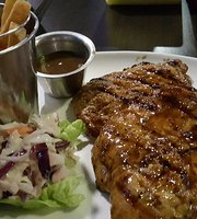 Zinox Bar & Grill