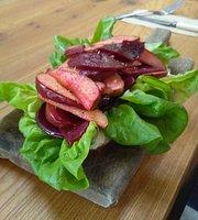 Strandfield Cafe Florist & Grocer