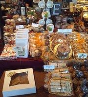 Ettore's Restaurant & European Bakery