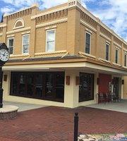 Tillie's Tavern & Grill