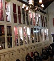 Biblioteca Cafe Concerto