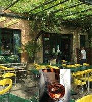 Cafe de l'Ormeau