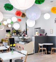 Minka Cafe