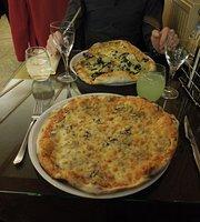 La Stradella Pizzeria