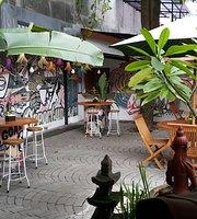 VOC Resto & Cafe