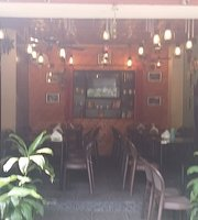Bon Appetite The Cafe