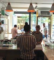 Merriweather Coffee & Kitchen