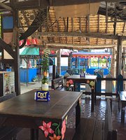Bogsers by the Sea - Seafood Restaurant and Tiki Bar